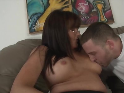 Porn actress teaches stepdaughter how to kiss and lick the penis