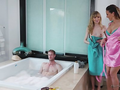 Two hot masseuses are take a shine to some FFM threeway fuck